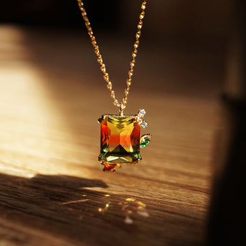 FANTASY SUNSET Necklace