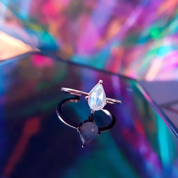 MOONSTONE SELENE Ring