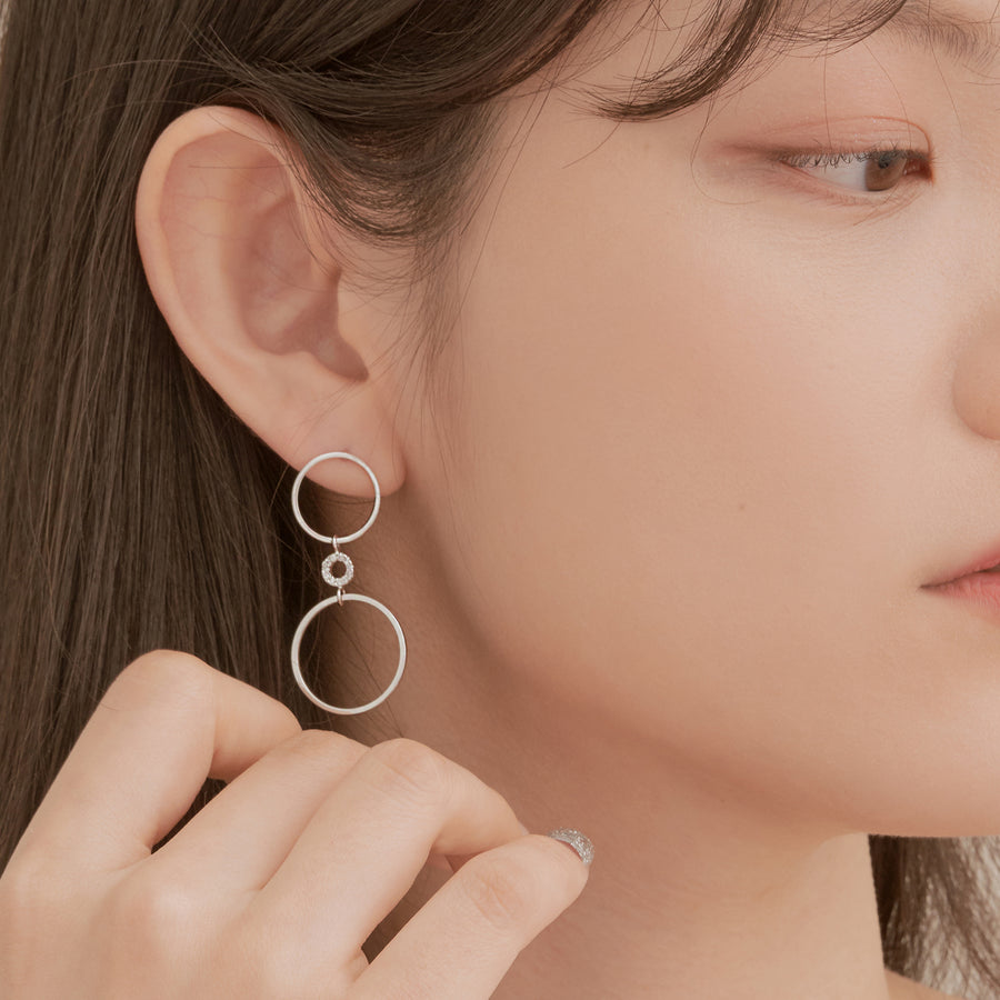 Triple Round Earring