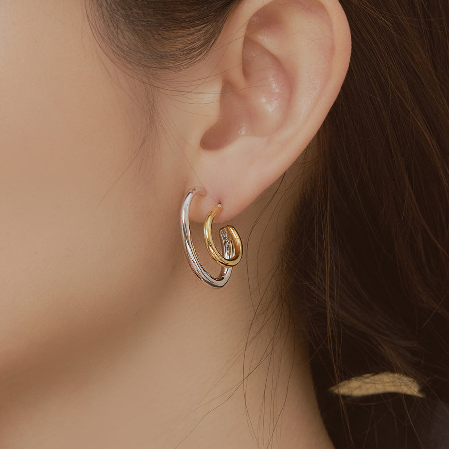 Mono Curved ring Earring