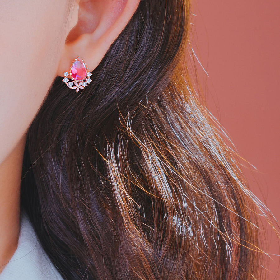 HOLIDAY HAZE Earring