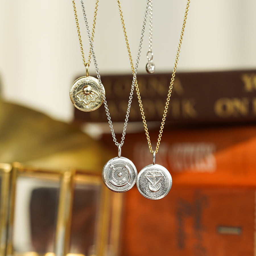 [50% off] Eclor Light 12 Coin Necklace