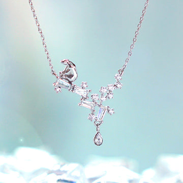 TEAR OF GLACIER 1-POLAR BEAR Necklace