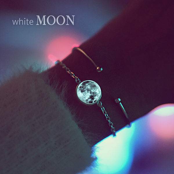 WHITE MOON Bracelet (glow in the dark) - Wingbling Global