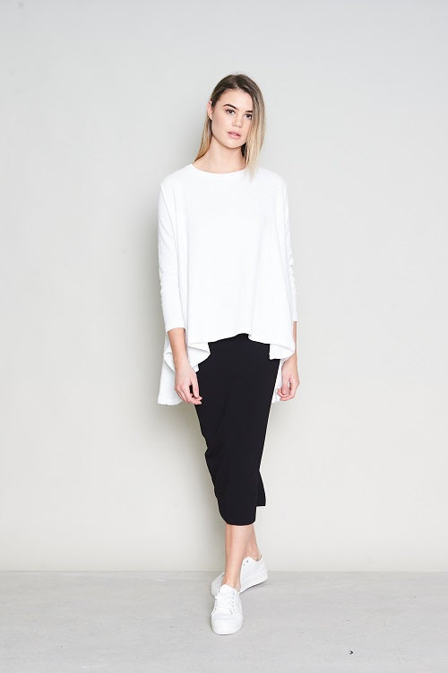 BOXY RELAXED LONG SLEEVE TEE