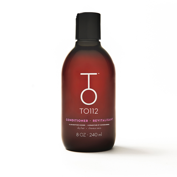 Conditioner for dry, colour treated, frizz prone hair. Formulated with tamanu oil, camellia extract, and shea butter.