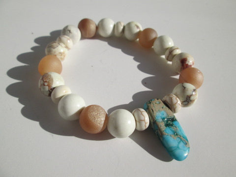 Beautiful White/Ivory Howlite stone beaded surfer bracelet with a Blue Jasper stone - SpuzzosDeals