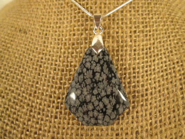 Stunning Black and White Snowflake Obsidian Stone Necklace Pendant - SpuzzosDeals