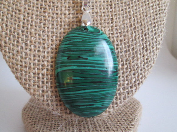 Stunning Necklace Natural Green Malachite Pendant. - SpuzzosDeals