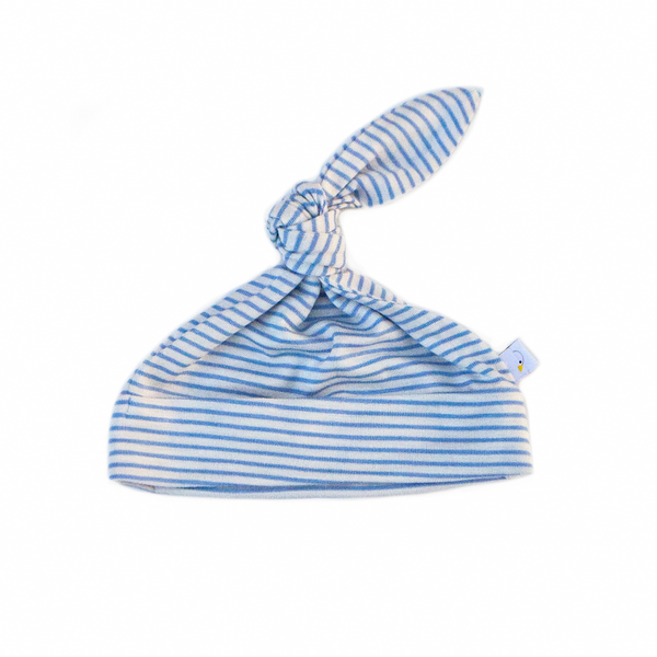 pin stripe / baby blue / swaddle + beanie set