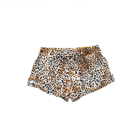 cheetah girl / shorts