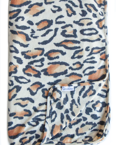 snow leopard throw / tan