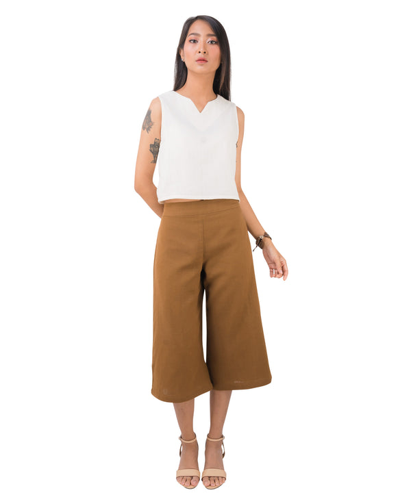 women's gaucho shorts in khaki
