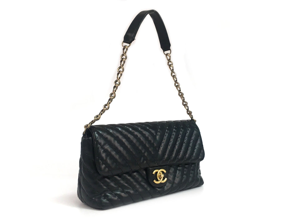 Chanel Black Iridescent Calfskin Surpique Chevron Flap Bag