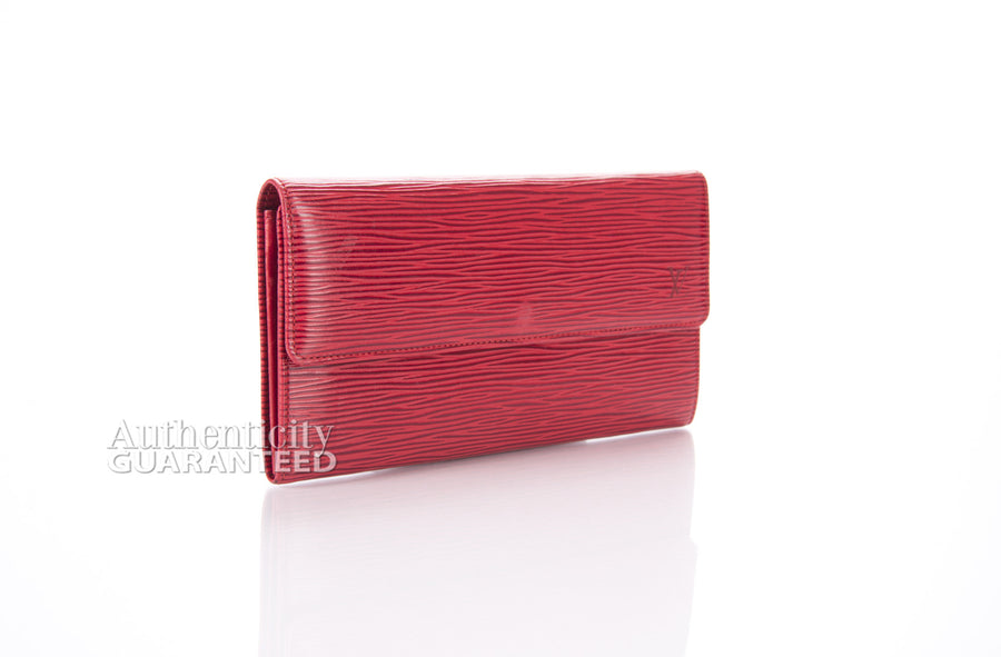 Louis Vuitton Red Epi Leather International Wallet