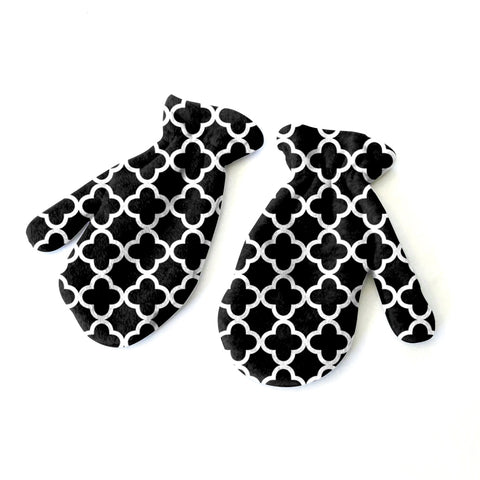 Quatrefoil Black Mitten - Double Sided