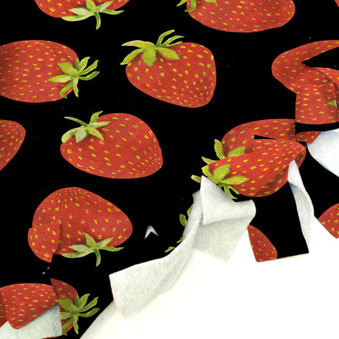 Strawberry Fun Blanket Tie Kit