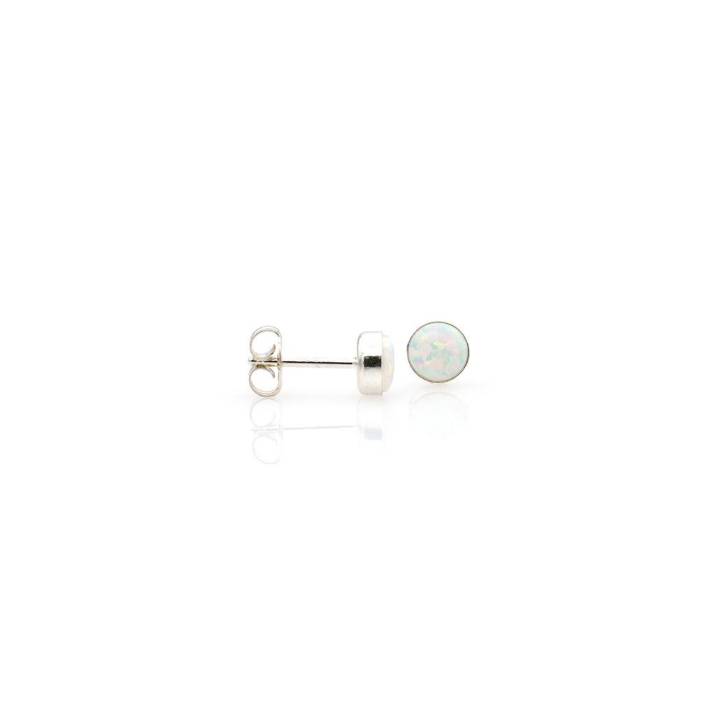 Lab Opal Ear Stud 5mm