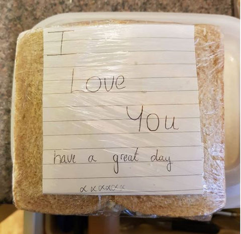 Love note inside lunch box