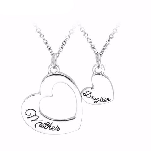 A Set Of Heart Mom Daughter Pendant With Necklace