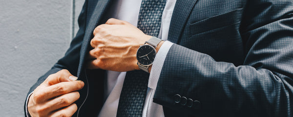How to wear a watch the right way? A beginners guide to improving your style!