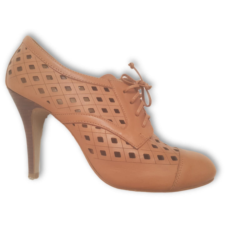 Stephanie Classic Lace Up Pumps - Shoe Bank