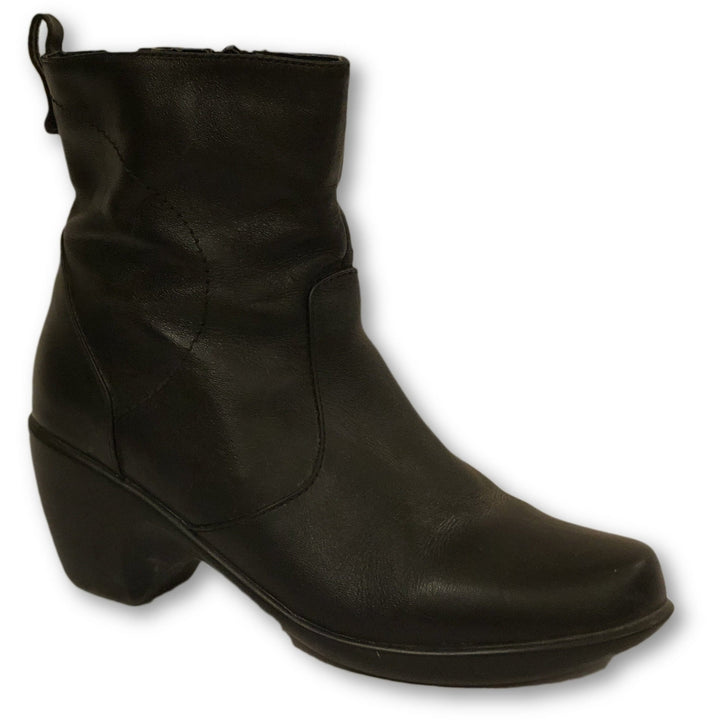Hush Puppies Booties - Shoe Bank