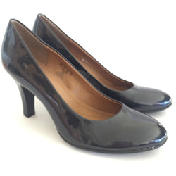 Jaclyn Smith Navy Blue Pumps - Shoe Bank