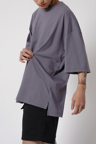 OVERSIZED SPLIT TEE - GRAPHITE