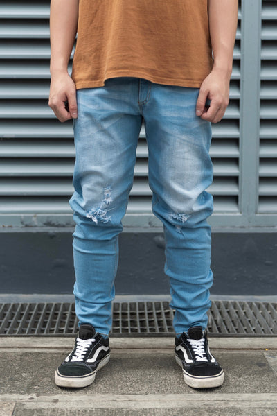 RIPPED STONE WASHED SKINNY JEANS