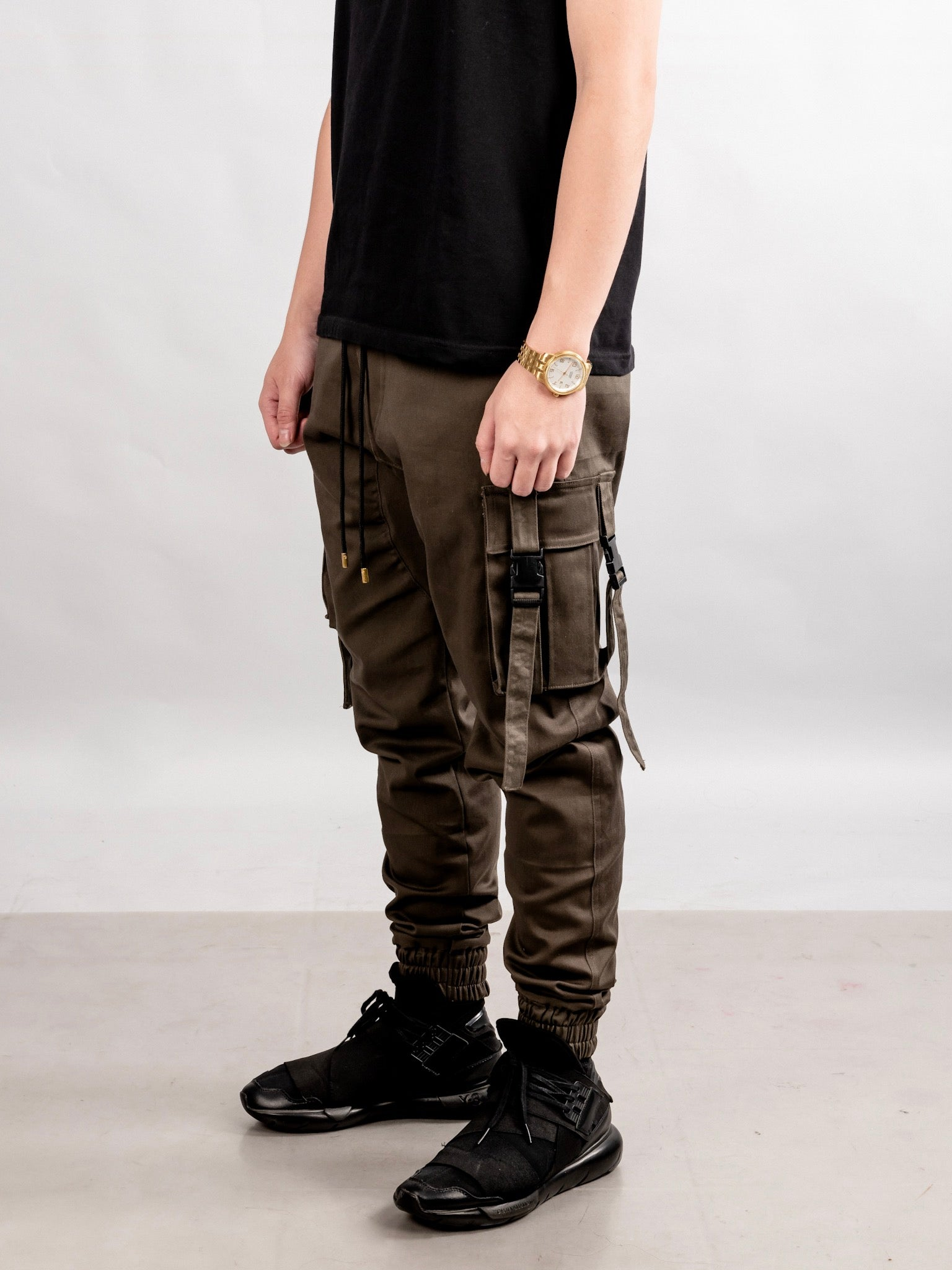 4 POCKETS BUCKLE PANTS - DARK GRAY