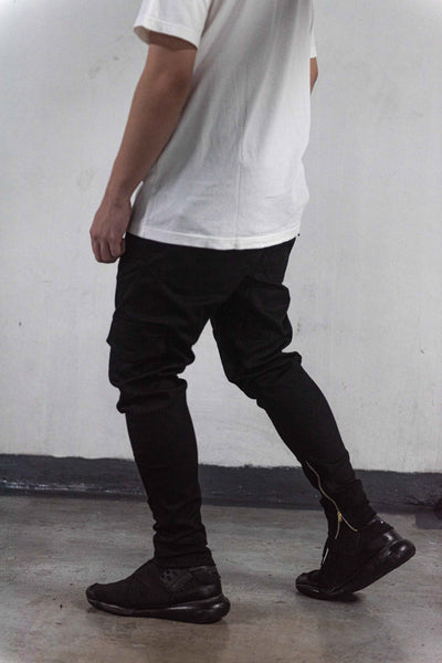CARGO PANTS WITH ZIP - BLACK