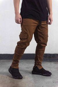 *LIMITED EDITION* CARGO PANTS WITH ZIP - BROWN