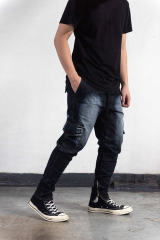 STONE WASHED CARGO PANTS WITH ZIP - DARK