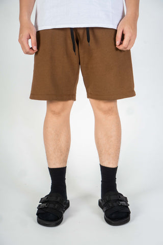 BASIC SHORT IN BROWN