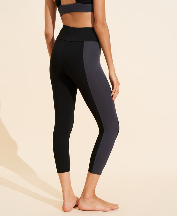 Therese Legging - Black / Charcoal