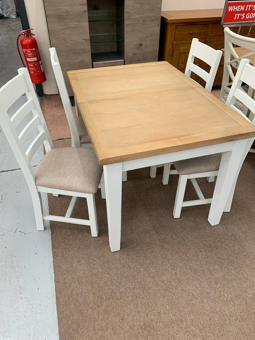 Jefferson Table & 4 Chairs - Clearance Factors