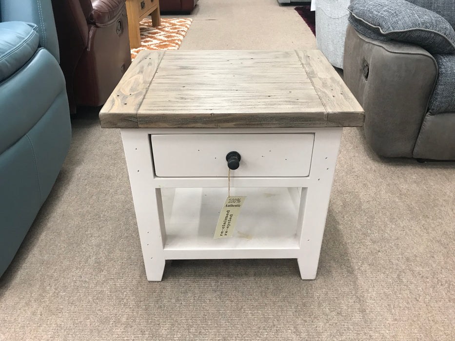 Hamilton End Table - Clearance Factors