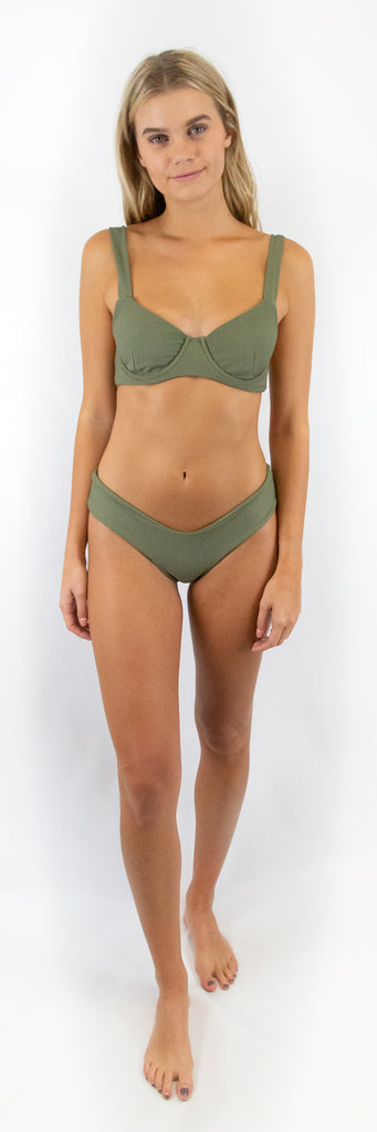 Lila Bottom // Moss (ribbed)