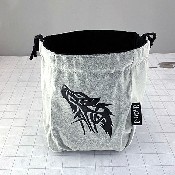 Wolf Self-Standing Dice Bag