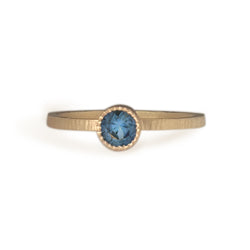 STACKING GOLD RING WITH BLUE MONTANA SAPPHIRE