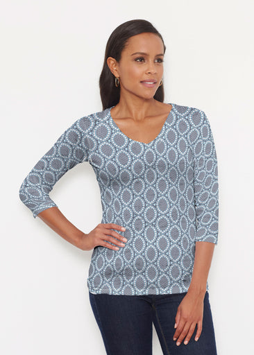 Namaste Lace (13370) ~ Signature 3/4 V-Neck Shirt