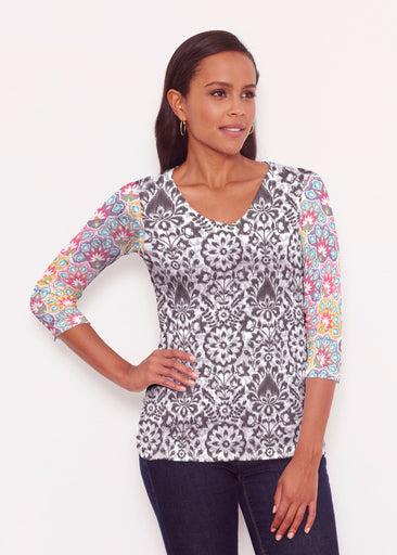 Darling Geo (13382) ~ Signature 3/4 V-Neck Shirt