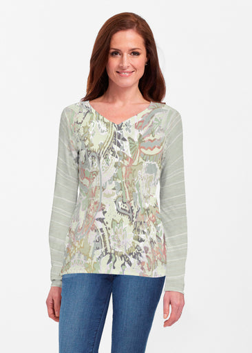Jungle Escape (19156) ~ Classic V-neck Long Sleeve Top
