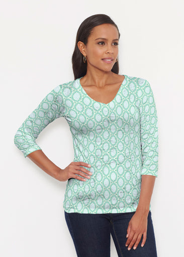 Coastal Lace Green (7686) ~ Signature 3/4 V-Neck Shirt