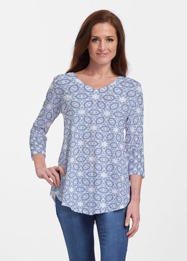 Toss Up Daisy (7716) ~ Signature V-neck Flowy Tunic
