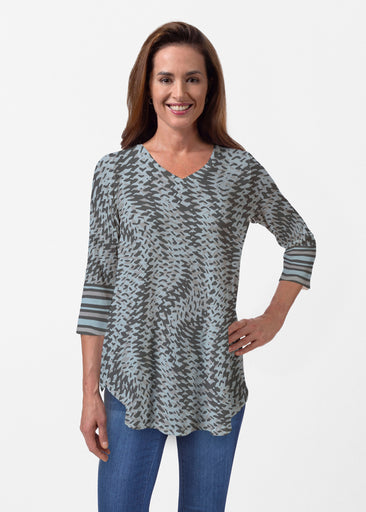 Textured Tracks Black (7720) ~ Butterknit V-neck Flowy Tunic