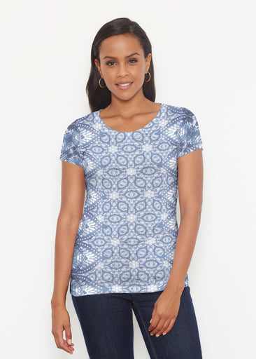 Picket Daisy (7729) ~ Signature Short Sleeve Scoop Shirt