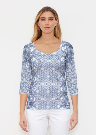 Picket Daisy (7729) ~ Signature 3/4 Sleeve Scoop Shirt