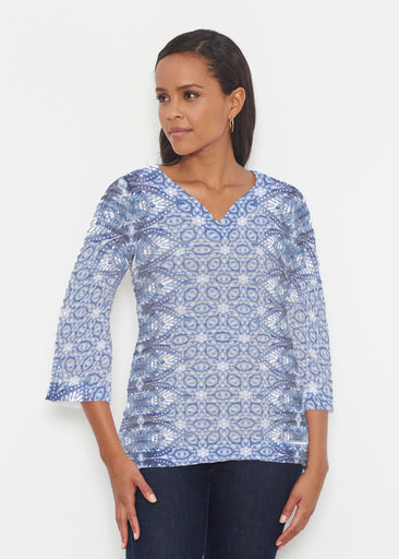 Picket Daisy (7729) ~ Banded 3/4 Bell-Sleeve V-Neck Tunic